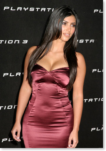 kim_kardashian_playstation_3_launch_party_01